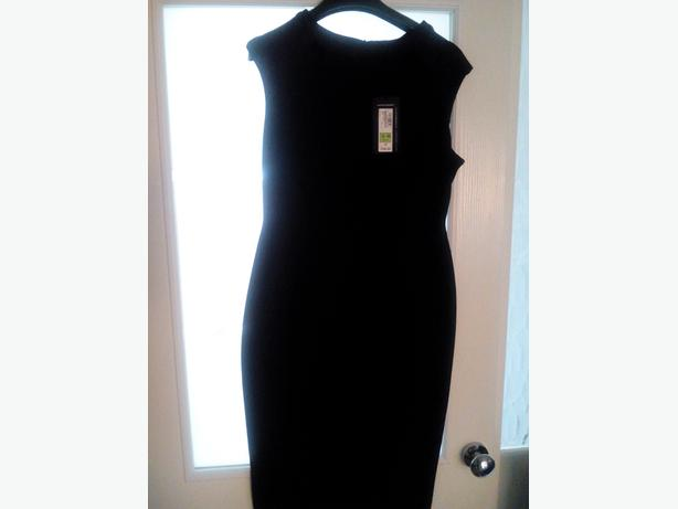 LADIES NEW M&S BLACK DRESS SIZE 12 PETITE