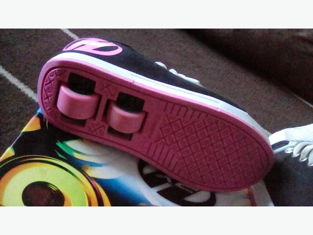 Girls heelys for sale