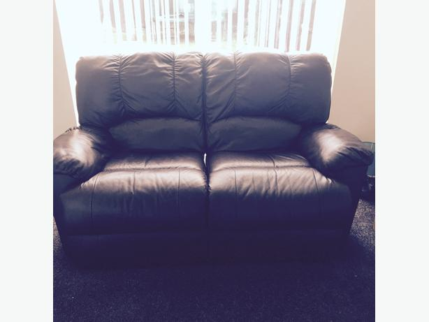 brown leather recliner sofa's