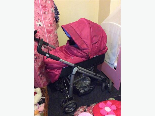 Raspberry pink baby style