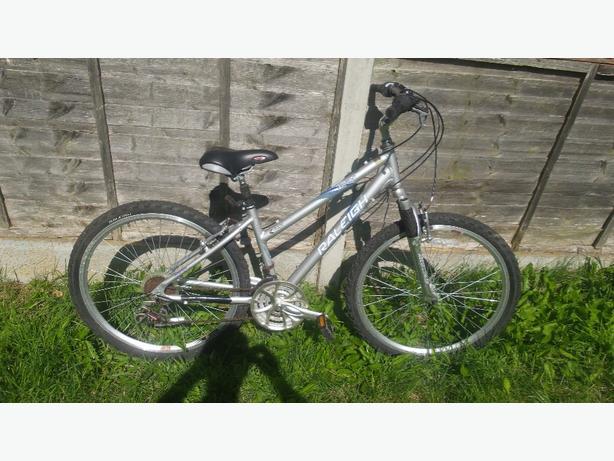 Ladies Raleigh Voyager aluminium frame  mountain bike £45