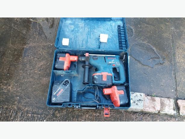 £120 Bosch 24v sds drill