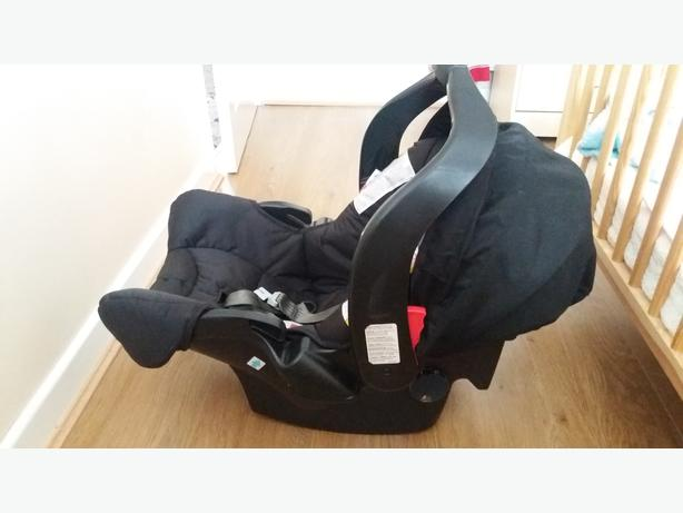 GRACO BABY CAR SEAT (group 0)