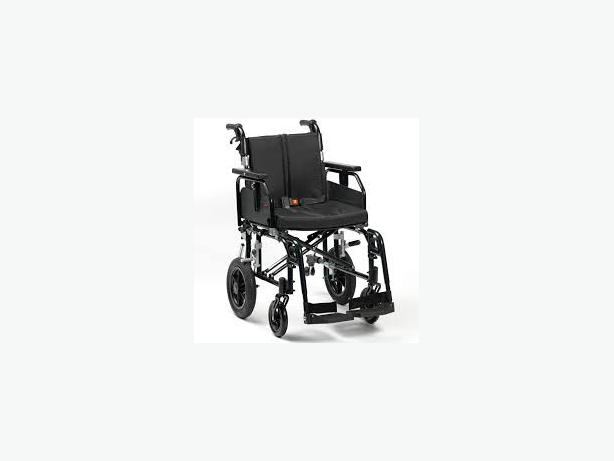 wheelchair with brakes