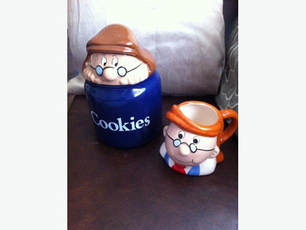 ONO Tetley Cookie jar and Gaffer mug