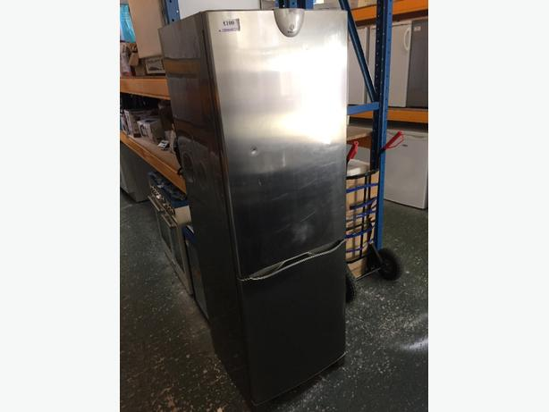 ☀️☀️ indesit silver fridgefreezer free delivery