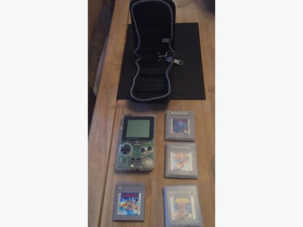 Gameboy with 4 games and case