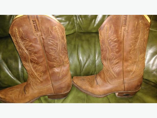 genuine loblan cowboy boots (female)