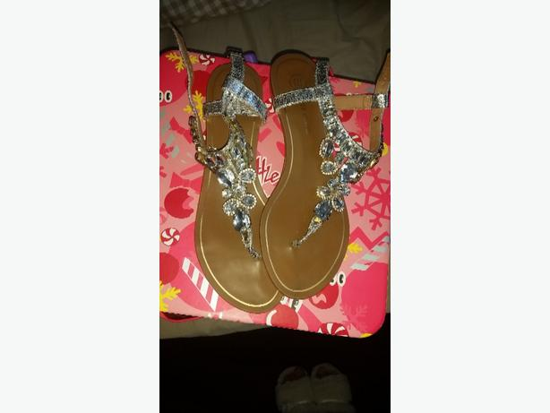 size 7 river island sandals