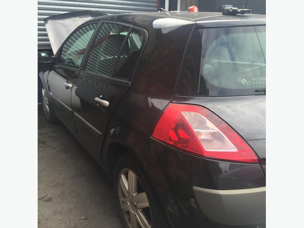 RENAULT MEGANE II BREAKING ALL PARTS SPARES DOOR BONNET BOOT BUMPER