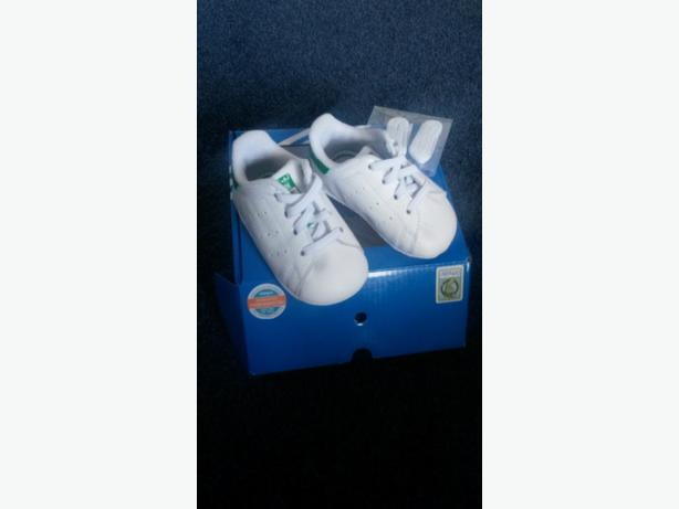 baby boys stan smith  cribs