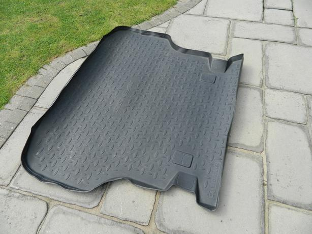 Toyota Avensis Estate Boot Liner