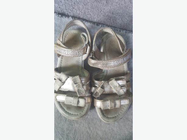 Lelli kelly sandles size 25