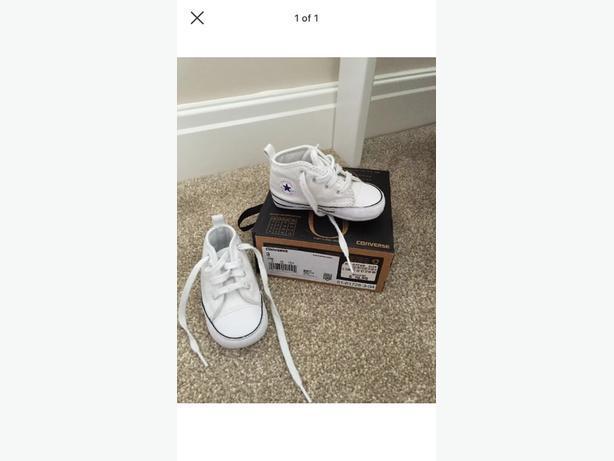 babys white converse size 3