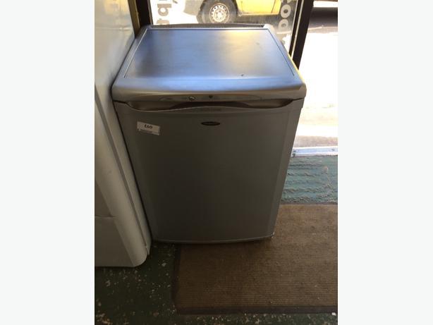 ☀️🍰lovey future hotpoint 60cm freezer