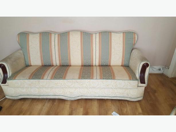 2× sofa seatee