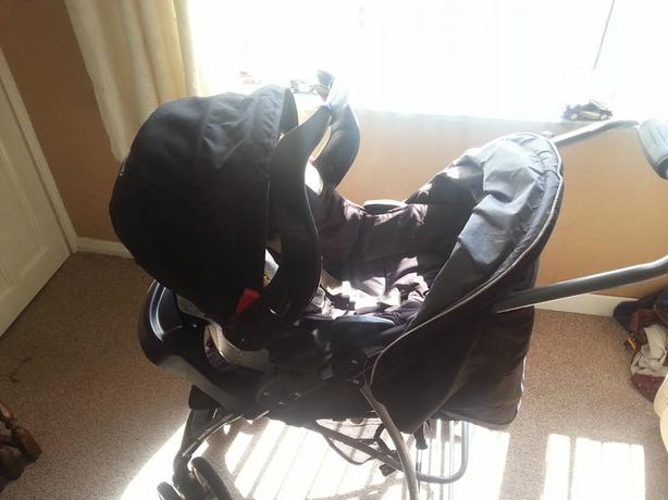 Graco pushchair and matching car seat.