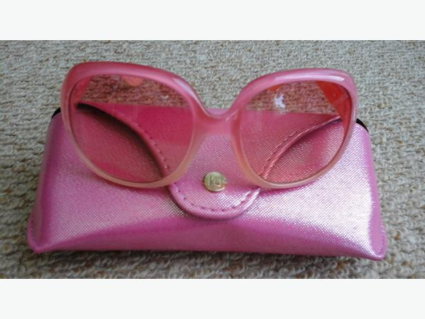 Girls River Island sunglasses and case