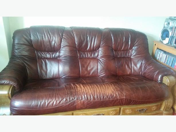 leather  setee