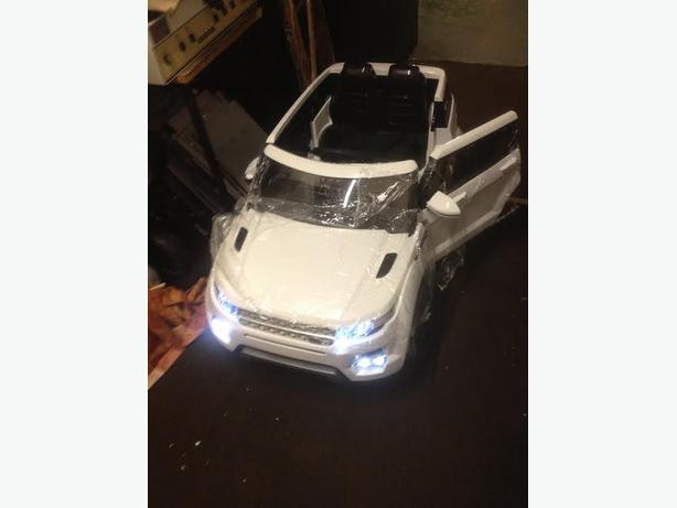 Kids Range Rover HSE Style 12v Electric Battery Ride on brand new