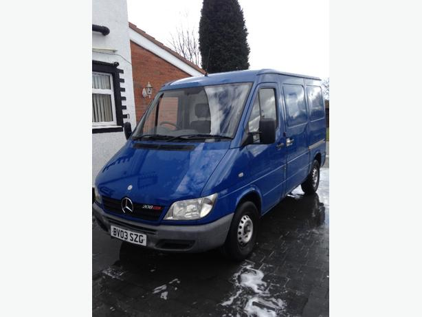 mercades sprinter 208 swb