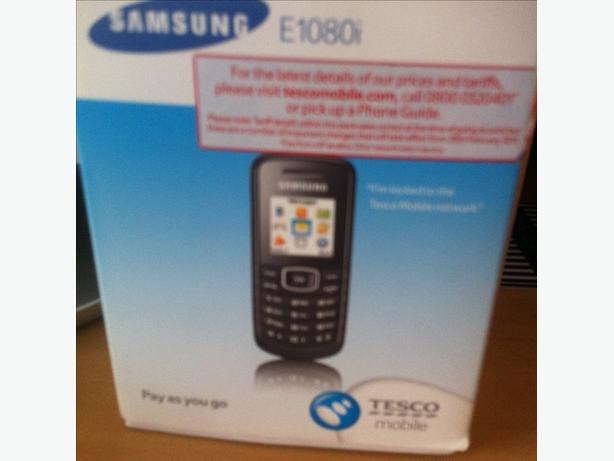 samsung E1080i mobile phone