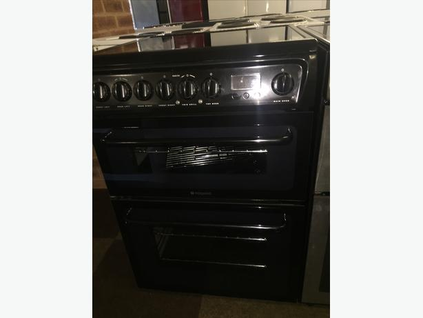 GREAT CONDITION BLACK HOTPOINT ELECTRIC 60 CM WIDE COOKER WITH GUARANTEE