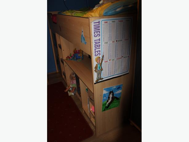 Bunk bed for child