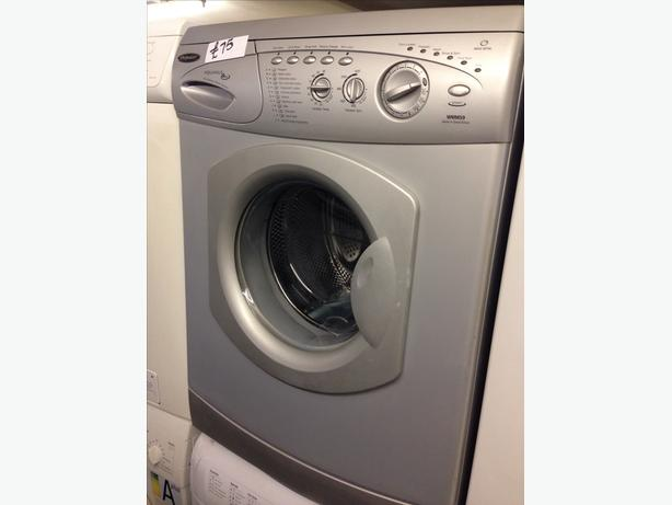 SILVER HOTPOINT WASHING MACHINE01