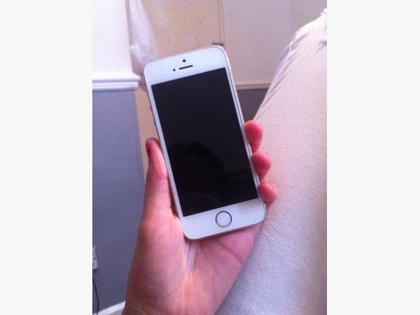 IPHONE 5S GOLD GOOD CONDITION