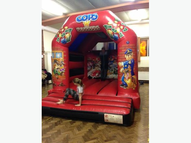Bennett's bouncy castle FOR HIRE