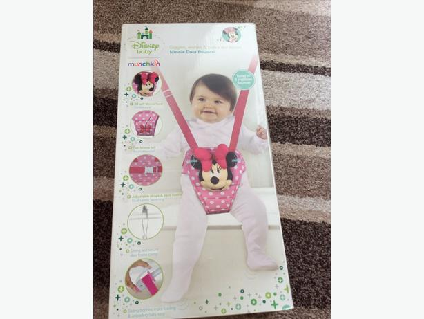 Minnie Mouse door bouncer