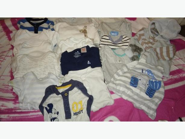 MASSIVE BUNDLE OF BABY CLOTHES 150+