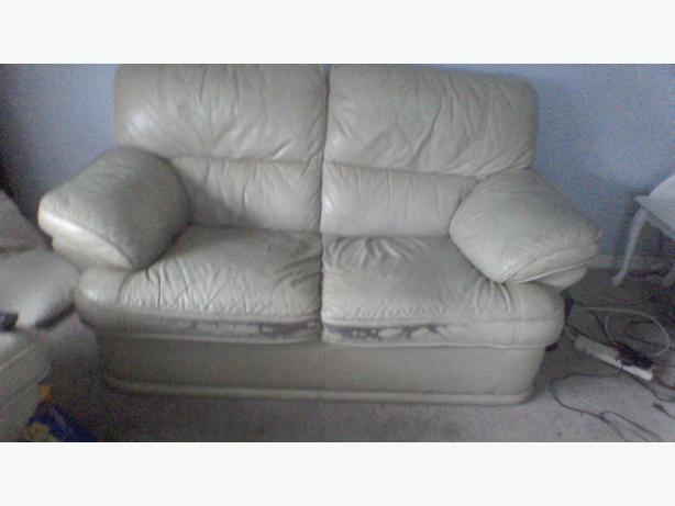 FREE: TO COLLECTOR 2 SEATER and RECLINER