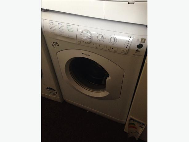 HOTPOINT WASHING MACHINE 1200 SPIN02