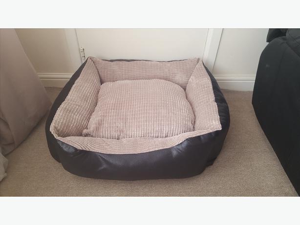 Quality thick medium pet beds