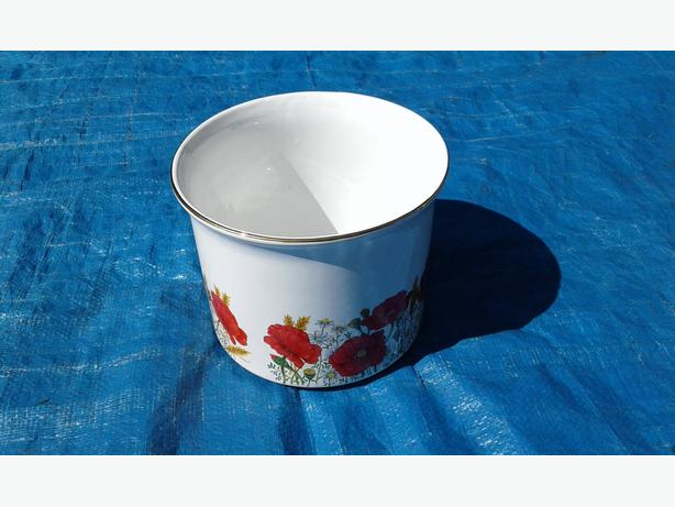 Staffordshire poppy pattern Maryleigh pottery handcrafted plant pot