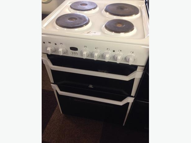 60CM INDESIT DOUBLE OVEN ELECTRIC COOKER01