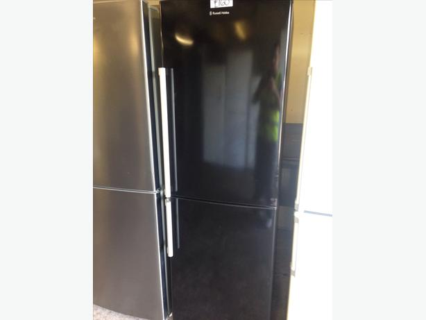 BLACK RUSSELL HOBBS FRIDGE FREEZER01