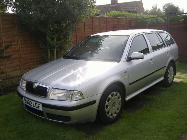 skoda octavia estate 1 9 diesel 2002 sedgley wolverhampton. Black Bedroom Furniture Sets. Home Design Ideas