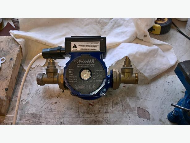 Salus central heating Pump and Diverter Valve