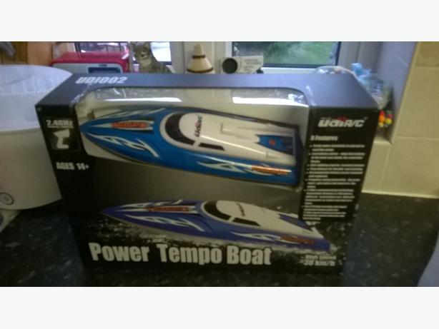 rc watercooled speedboat