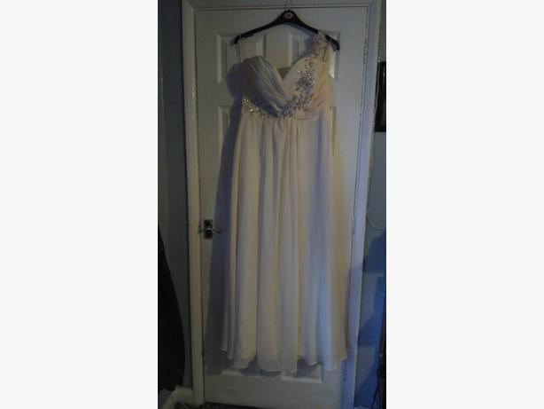 new bridesmaid/prom dress size 16