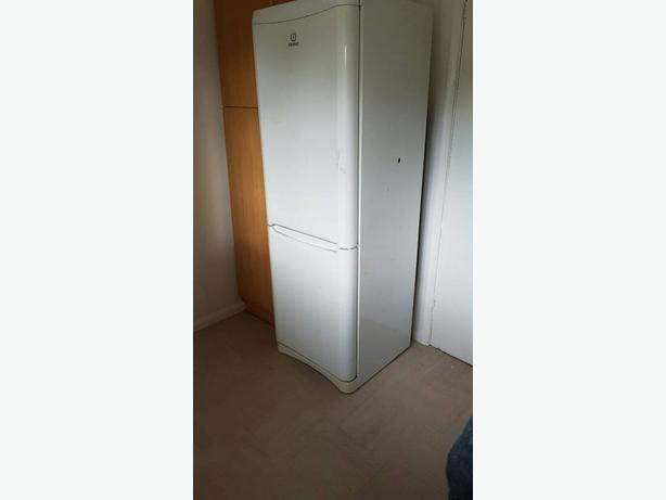 White Indesit fridgefreezer