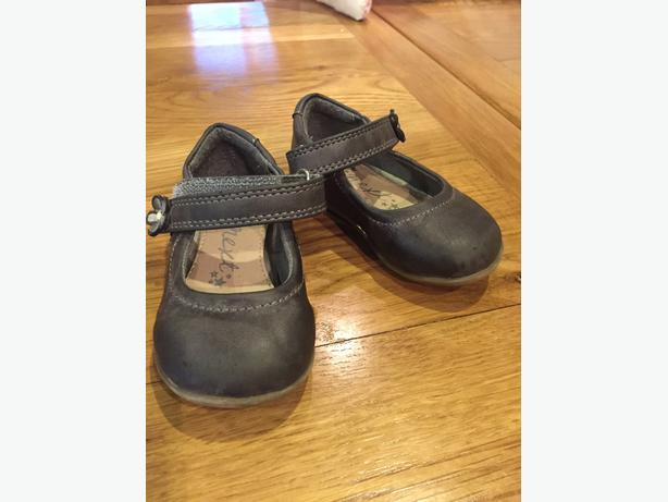 Girls Next shoes infant size 4