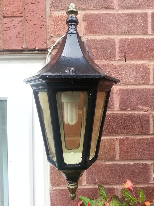 Victorian style outdoor wall lights x2 sedgley wolverhampton for Victorian style exterior lighting