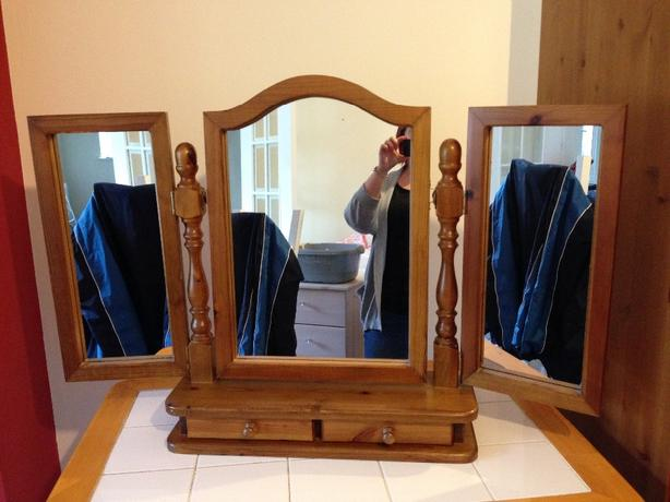 Solid pine three way mirror