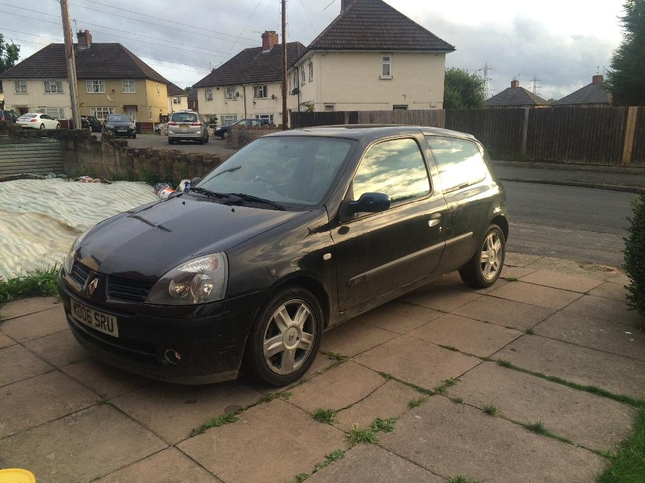 renault clio 2006 diesel wednesbury sandwell mobile. Black Bedroom Furniture Sets. Home Design Ideas