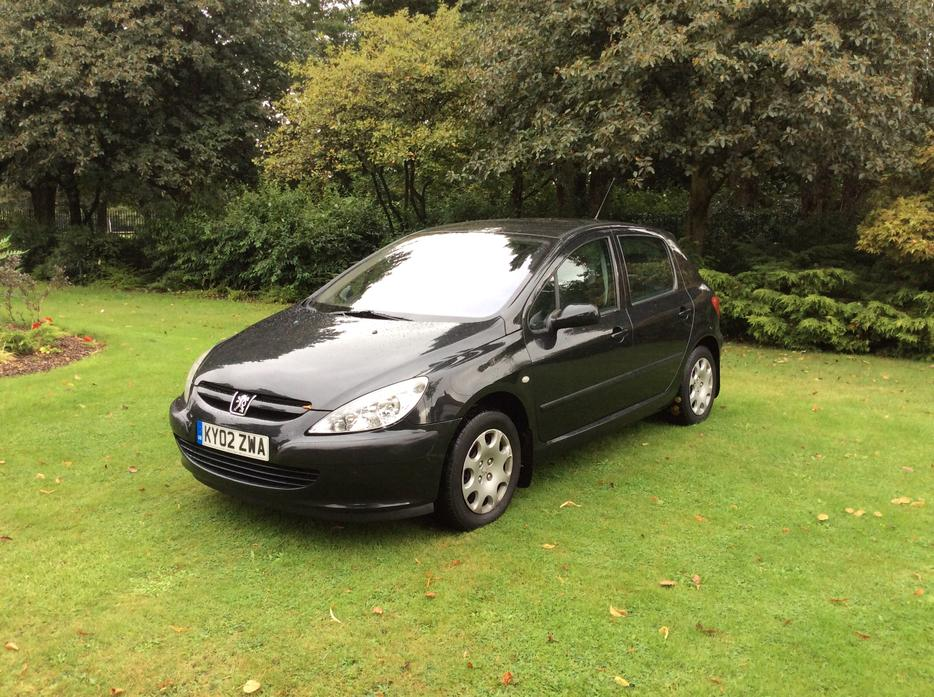 2002 peugeot 307 1 4 hdi lx 5 door full service history 30 a year roadtax walsall dudley. Black Bedroom Furniture Sets. Home Design Ideas