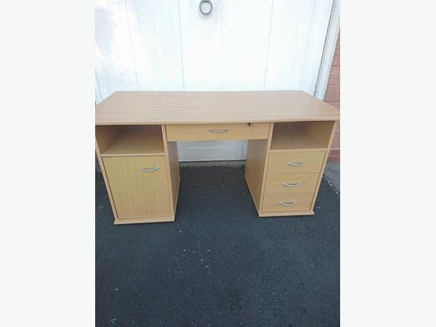 REDUCED!!! SOLID DESK